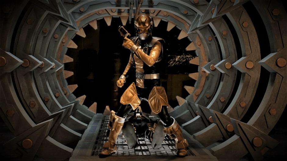 Power Rangers Beast Morphers Gold Ranger First Look