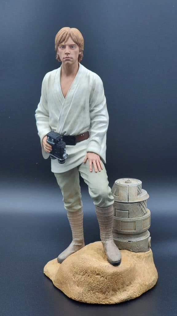 Luke Skywalker Statue