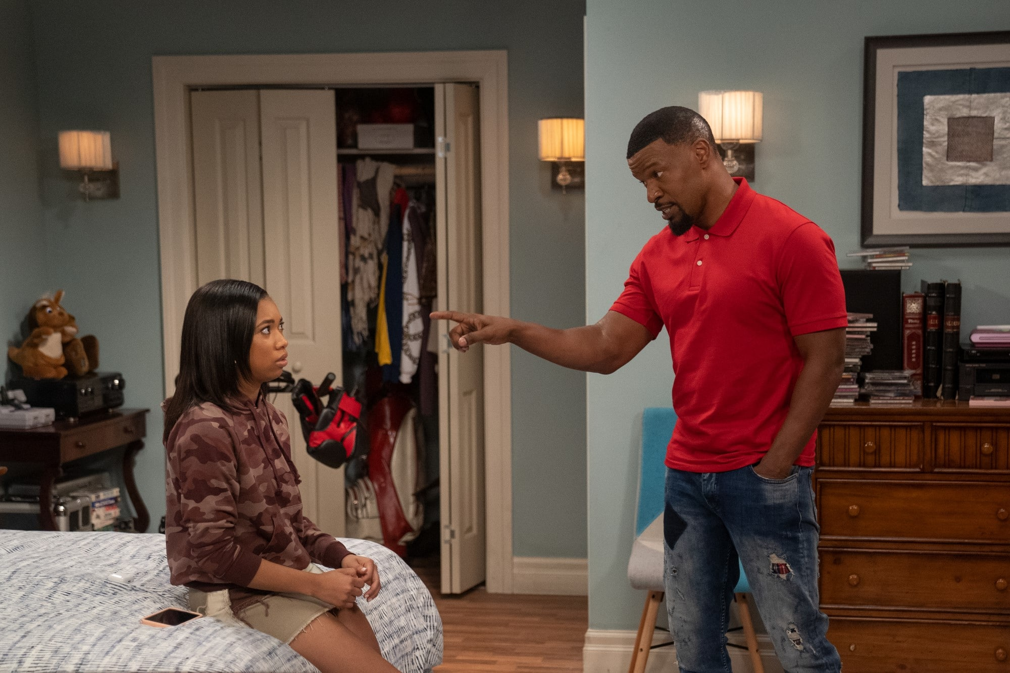 Netflix Previews Jamie Foxx Comedy 'Dad Stop Embarrassing Me'